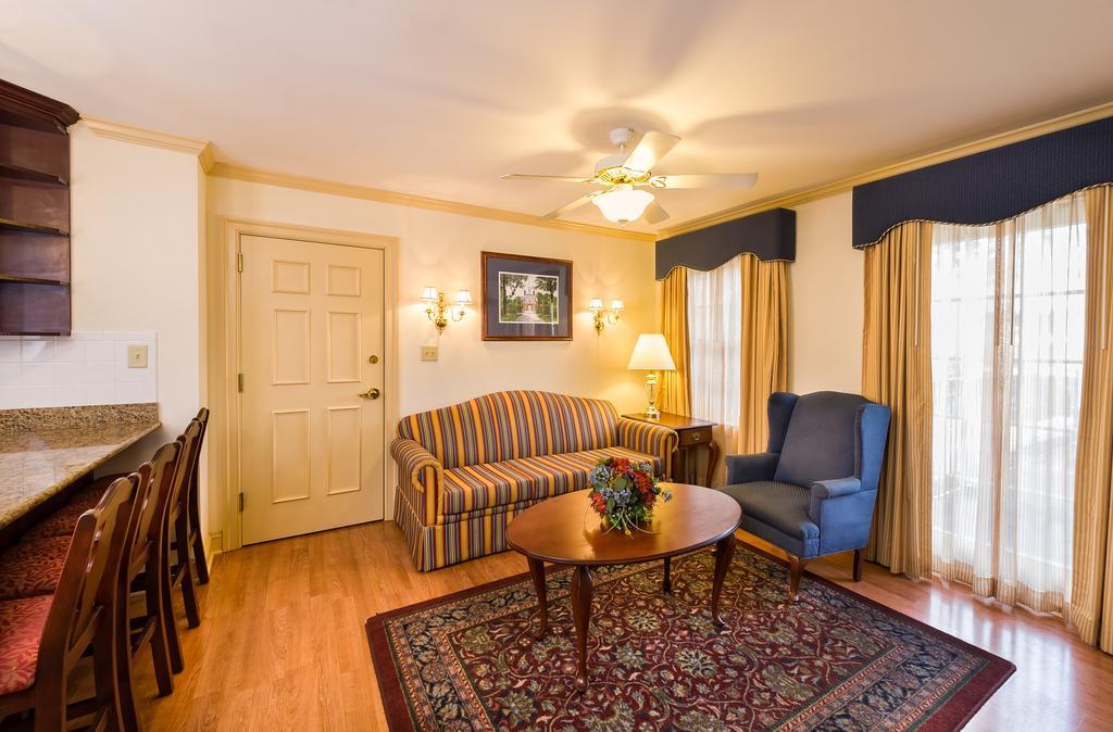1324 richmond rd williamsburg va 23185 travelers - 2 bedroom hotel suites in williamsburg va ...