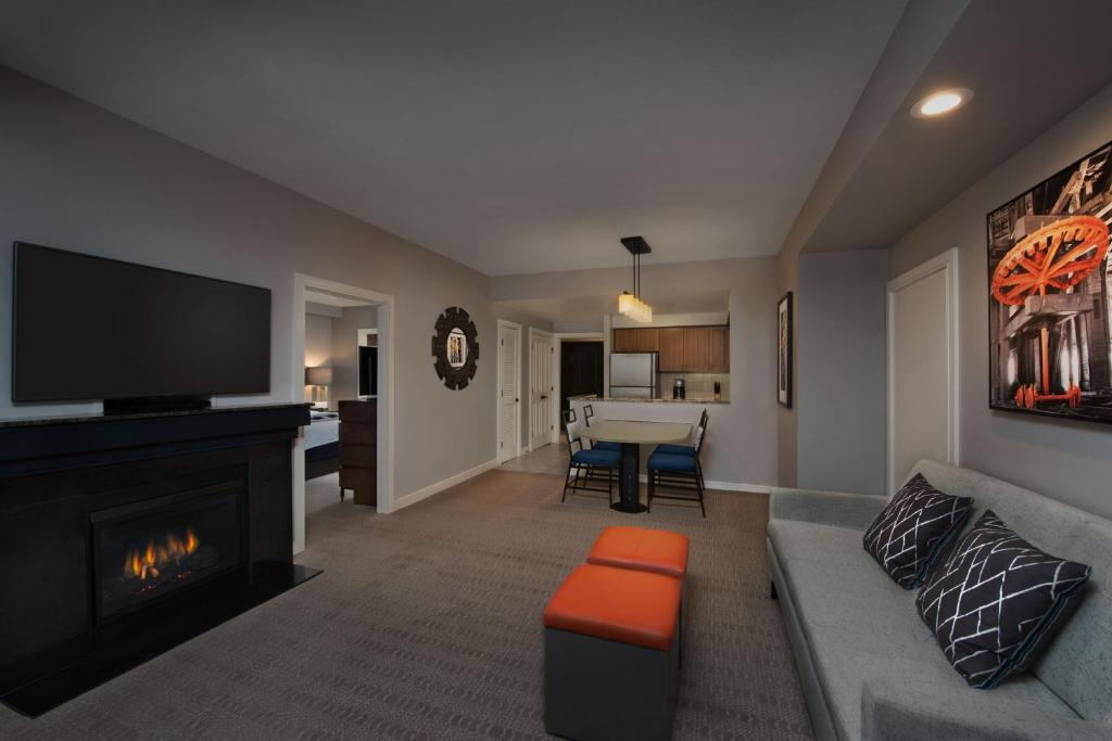 Rent Room At Park Row