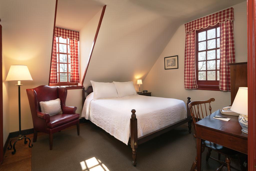 136 e francis st williamsburg va 23185 travelers exchange club for 2 bedroom suites williamsburg va